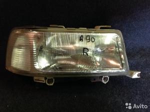 Фара передняя правая на Audi90