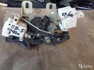 Замок крышки багажника на Volkswagen Passat B5 сед