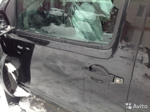 Передняя левая дверь на Nissan Pathfinder 2005 г