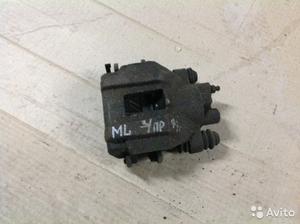 Суппорт задний правый. на Mersedes ML 3.2 1997