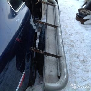 Пороги из нержавейки на Nissan Pathfinder 2007 г