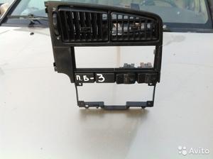 Фольцваген Пассат Б 3 рамка магнитофона