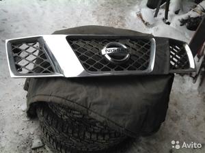 Решетка радиатора Nissan Pathfinder 2007 г. в