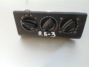 Блок управления печкой Volkswagen Passat B 3
